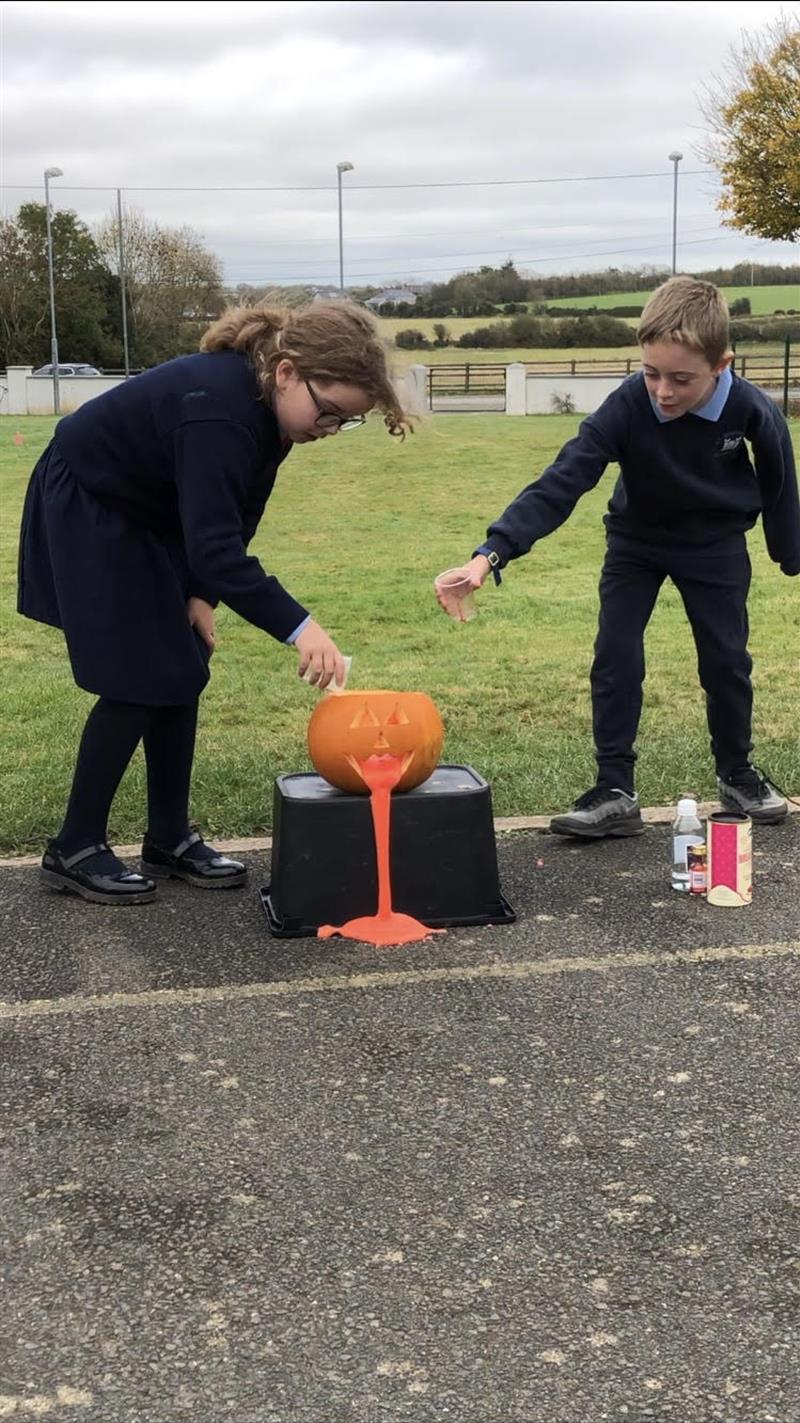 Volcano Pumpkin Experiment.jpg